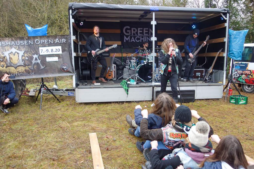 Die Band Green Machine sorgt für gute Stimmung bei den jüngeren Besuchern