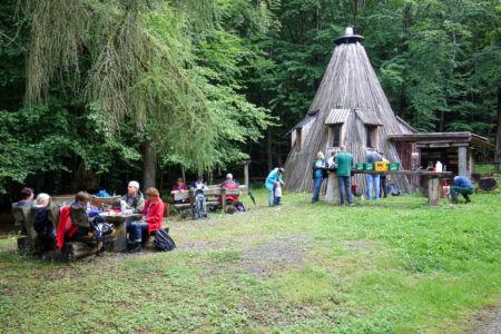 Pause an der Köhlerhütte