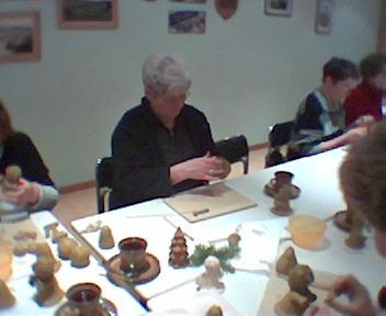12.11.2004: Basteln mit Ton beim Klönabend