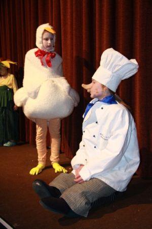 25.11.2009: Kindertheater Zwerg Nase
