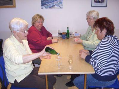 26.02.2010: Spieleabend für Frauen