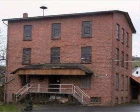 1999 pachtete der Heimatverein die untere Mühle